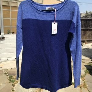 Vineyard Vines twotone blue Sweater, Med, NWT